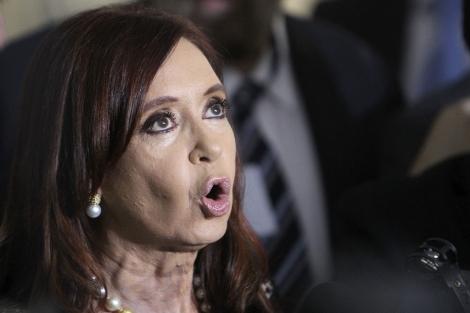 La presidenta argentina, Cristina Fernández, en una rueda de prensa en Brasilia. | Efe