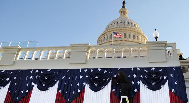 Preparativos en el Capitolio para la ceremonia de este lunes. | Afp