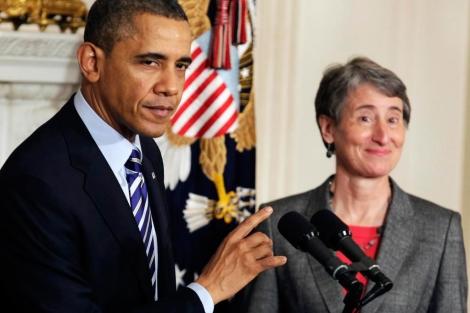 Obama y Hewell, hoy, durante el anuncio del nombramiento.   Reuters