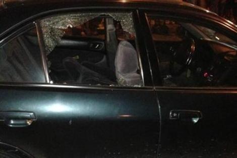 Así quedó el vehículo del periodista | Foto: Agencia Andes