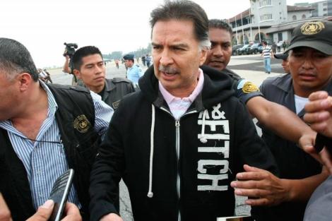 El ex presidente guatemalteco antes de viajar a EEUU.  Afp