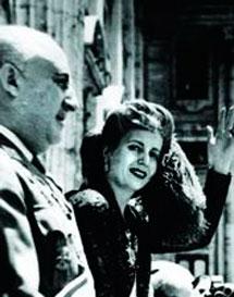 Franco, junto a Eva Perón.