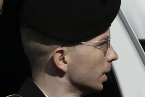 Bradley Manning, a la salida del juicio. | Reuters