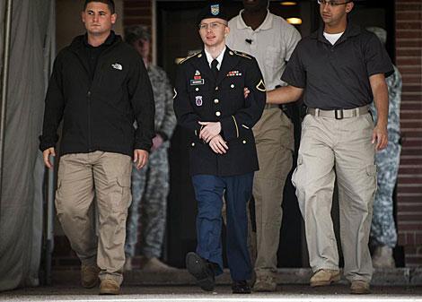 Bradley manning sale del tribunal en abril de este año.   Reuters