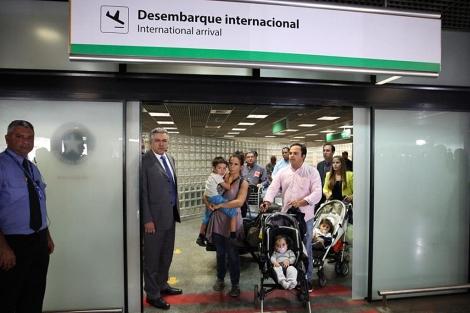 Médicos españoles y portugueses llegan a Brasil para trabajar. | Foto: Efe