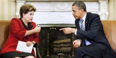 Barack Obama y Dilma Rousselff en una reunión en abril de 2012   Afp
