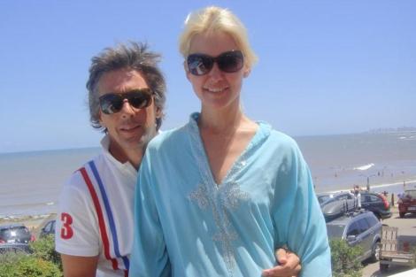 La modelo Valeria Mazza junto a su esposo, Alejandro Gravier.