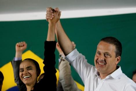 Marina Silva escenifica su apoyo público a Eduardo Campos.   Efe