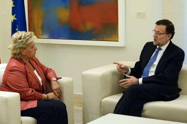 Ángeles Pedraza y Mariano Rajoy, durante el encuentro en el Palacio...