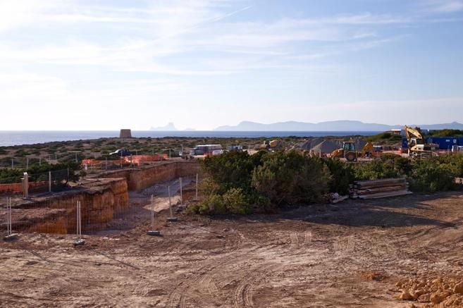 Imagen de las obras de la primera de las viviendas en zona Anei.