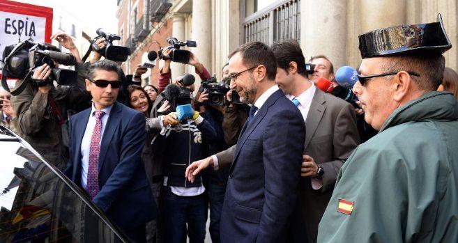 James Costos, a su salida del Ministerio de Exteriores.