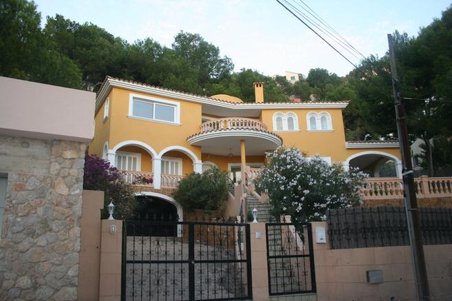 Una de las viviendas de lujo que vende la Sareb en Andraxt, Mallorca.