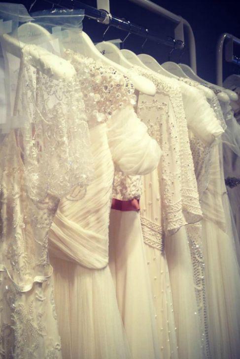 El pase previo con los trajes de novia de Jenny Packham.