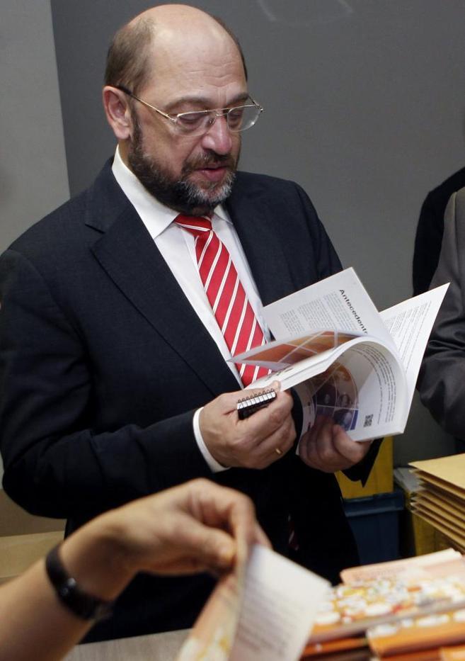 El presidente del Parlamento Europeo, Martin Schulz, en su reciente...