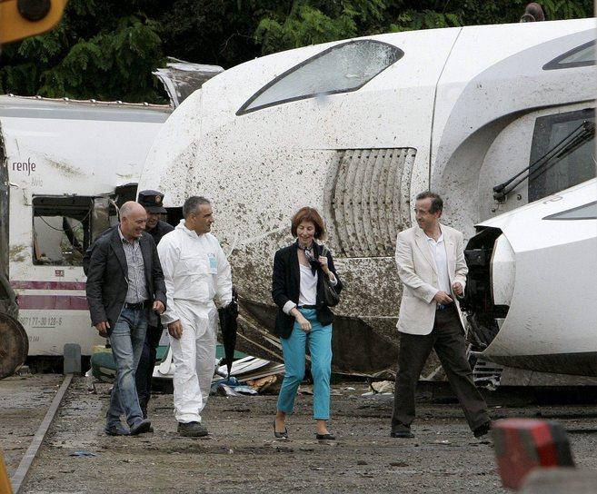 Luis Aláez (izqda.), encargado de investigar el accidente del Alvia...