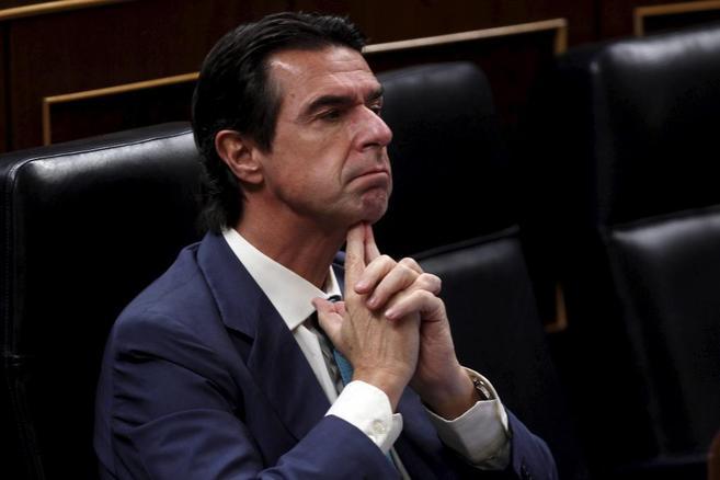 El ministro de Industria, José Manuel Soria, en el Congreso.
