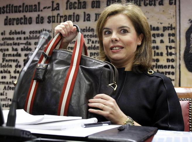 La vicepresidenta del Gobierno, Soraya Sáenz de Santamaría, ayer en...