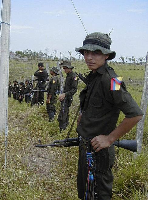 El Gobierno colombiano y las FARC anuncian un acuerdo sobre la participación política