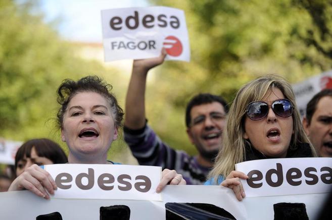 Trabajadores de Edesa en una protesta esta mañana.