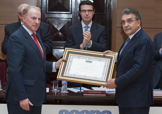 Francisco Aparicio, presidente de Asepa, el ministro Soria y Francisco...