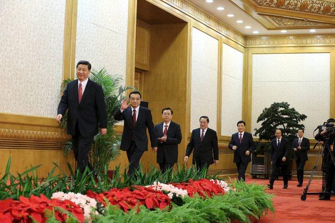 Los dirigentes del Comité Permanente del Politburó Chino, en la...