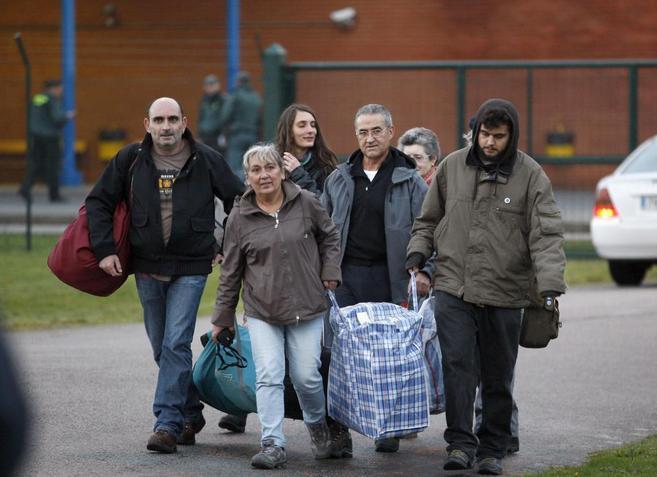 Salida de Domingo Troitiño de la cárcel coruñesa de Teixeiro