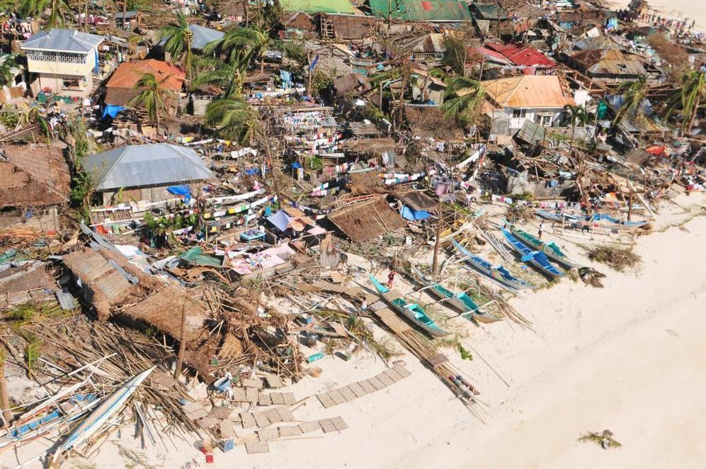 Viviendas destruidas en Concepción, en la rpovincia filipina de Iloilo.