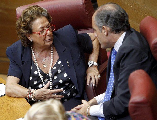 Rita Barberá y Francisco Camps en las Cortes Valencianas.
