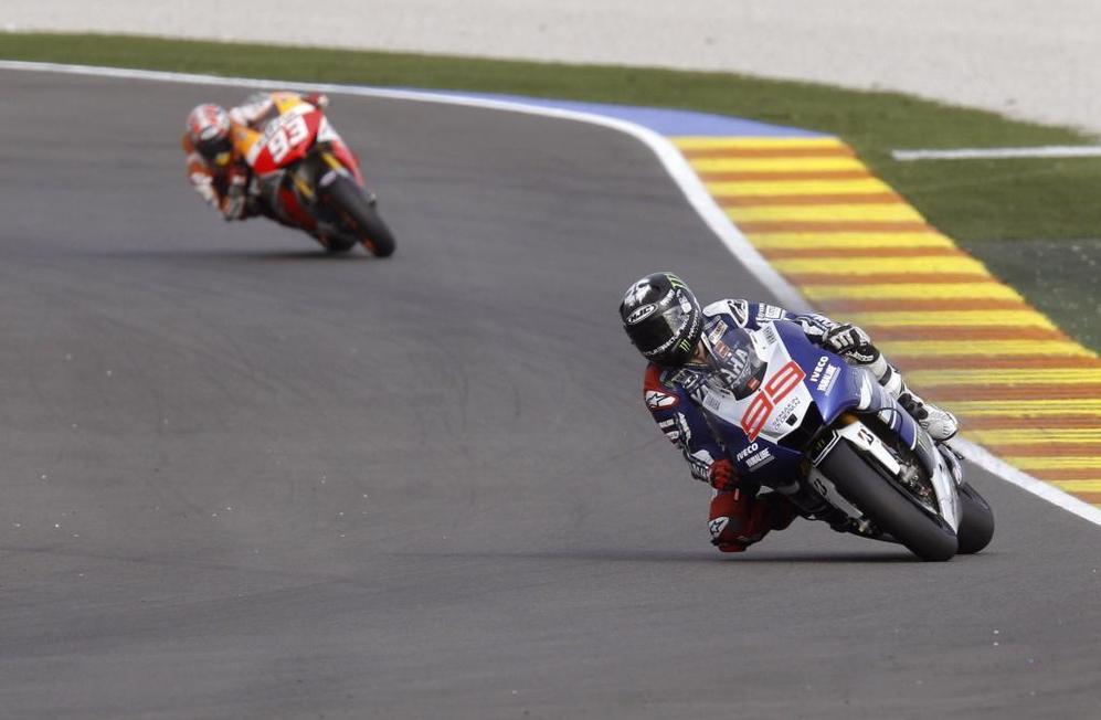 Jorge Lorenzo ocupa la primera posición con Márquez en segundo...