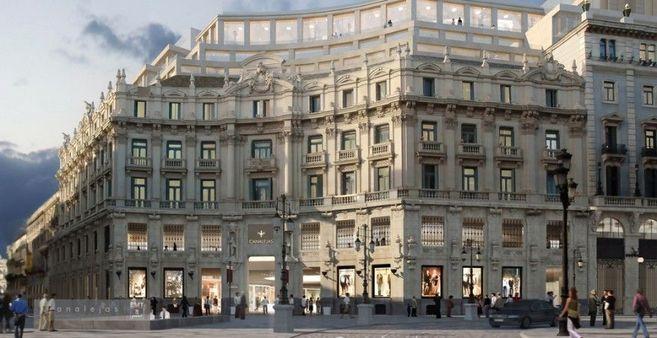 El antiguo Banco Hispano Americano, en la plaza de Canalejas, tras la...