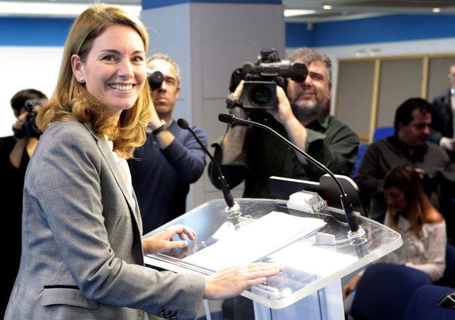 La presidenta del PP vasco, Arantza Quiroga, durante su comparecencia...
