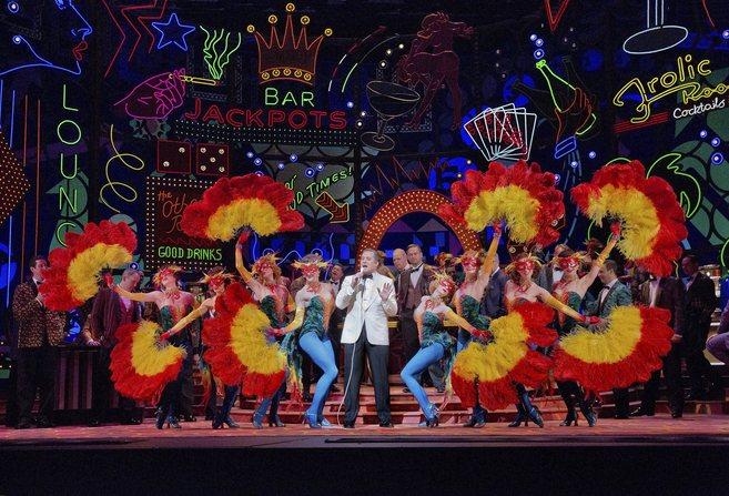Una escena del ' Rigoletto ' de Michael Mayer en la Met con...