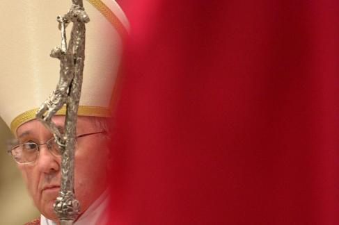 El Papa Francisco oficia el funeral de una cardenal en la Basílica de...