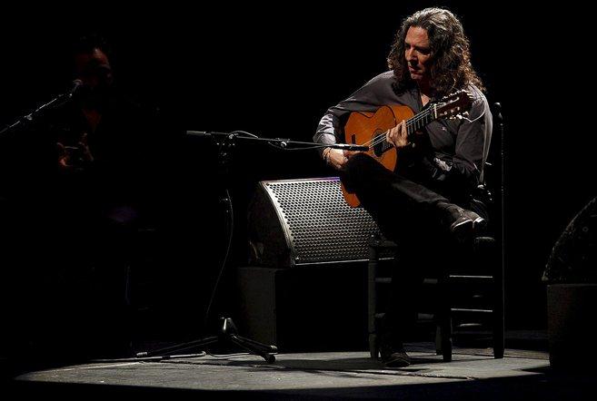 Tomatito, durante una actuación