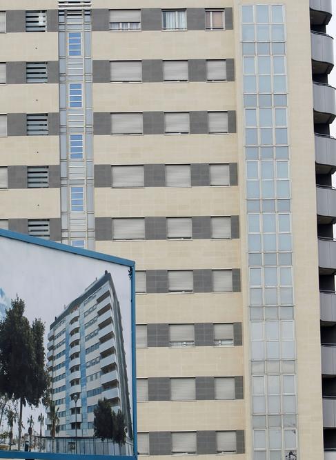 Bloque de pisos nuevos en venta en Valencia.