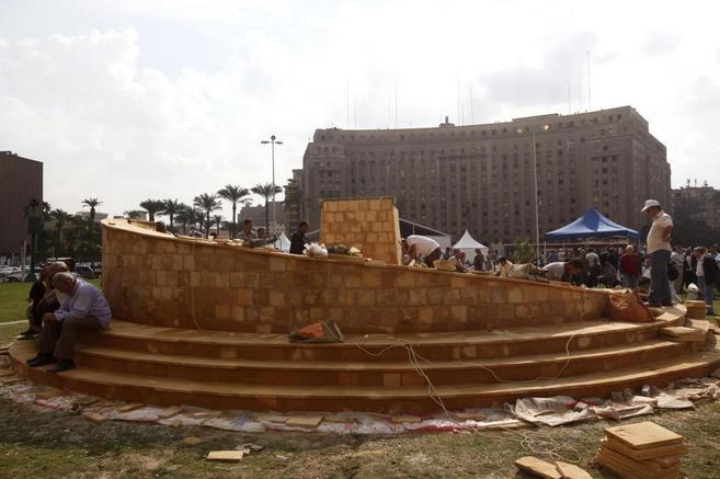 El memorial en honor a las víctimas instalado en la Plaza Tahrir de...
