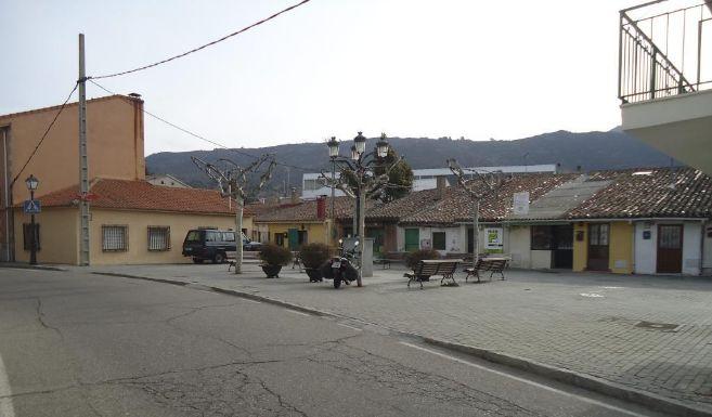 Plaza de Robledo de Chavela.
