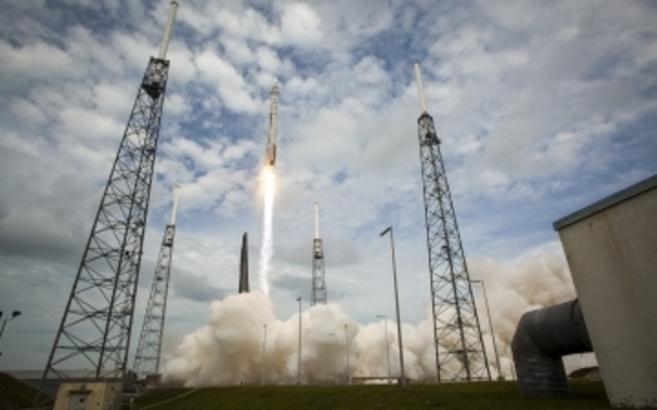 La sonda MAVEN, durante el despegue el lunes desde Cabo Cañaveral.