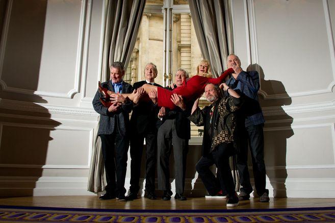 Michael Palin, Eric Idle, Terry Jones, Terry Gilliam y John Cleese,...
