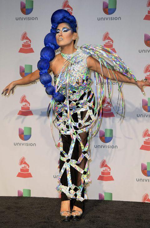 La artista pop Z Lala posando al más puro estilo Lady Gaga, pero en...