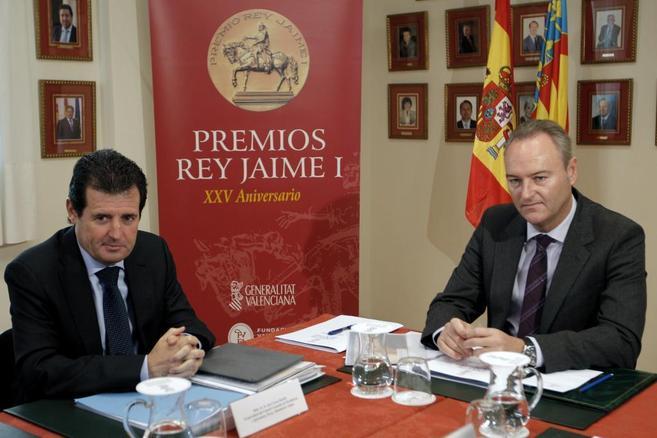 El presidente y vicepresidente de la Generitat, Alberto Fabra, y José...