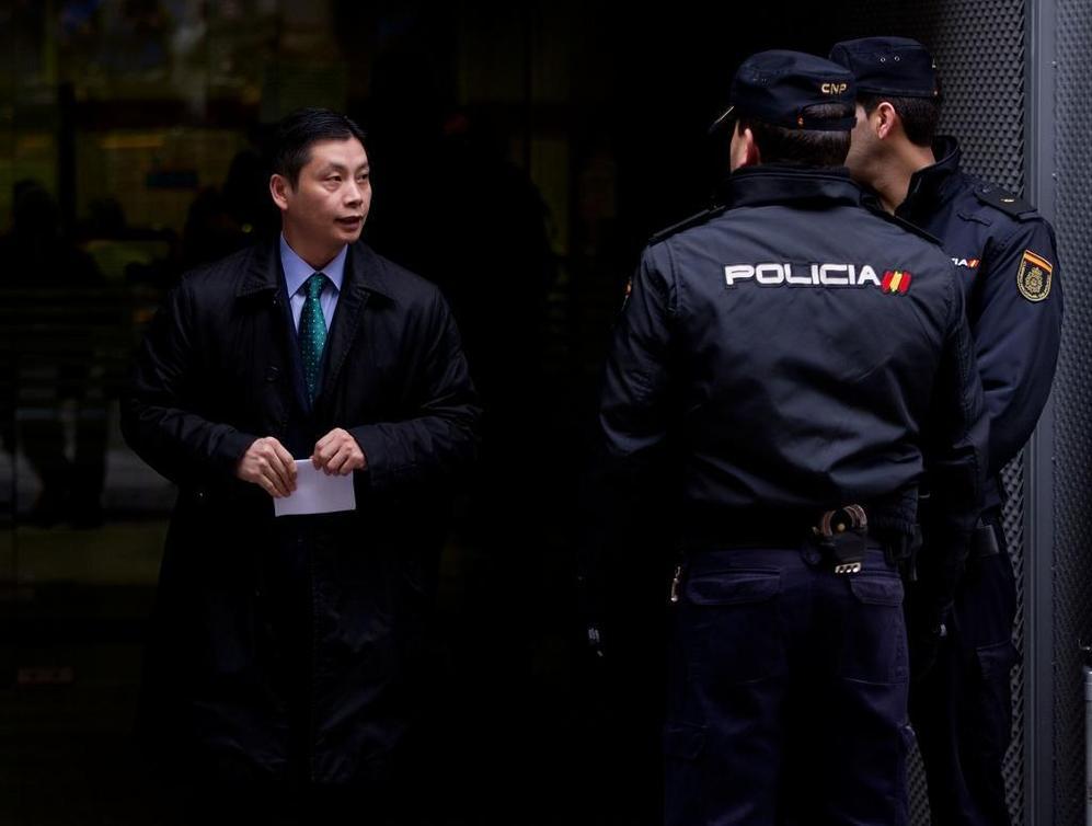 Gao Ping, a la salida de la Audiencia Nacional.