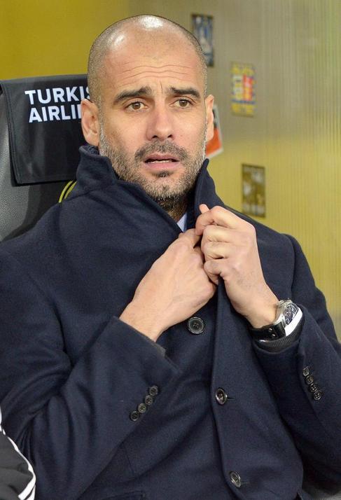 Guardiola, en el banquillo contra el Dortmund.