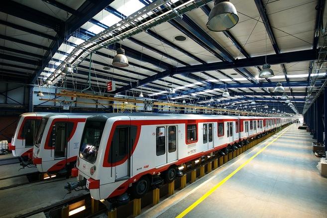 Vagones de trenes de CAF para el metro de Santiago de Chile