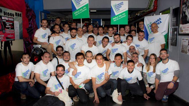 Un grupo de los voluntarios de 'BCN Checkpoint'.