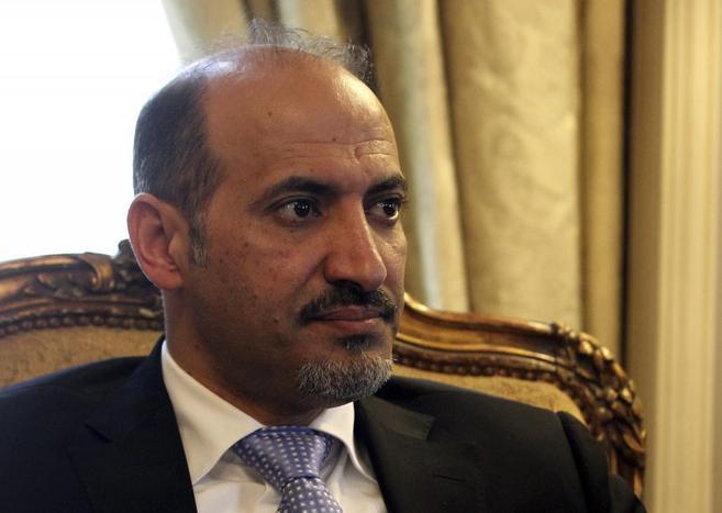 Ahmed Al Jarba, líder de la Coalición Nacional Siria (CNFROS), uno...
