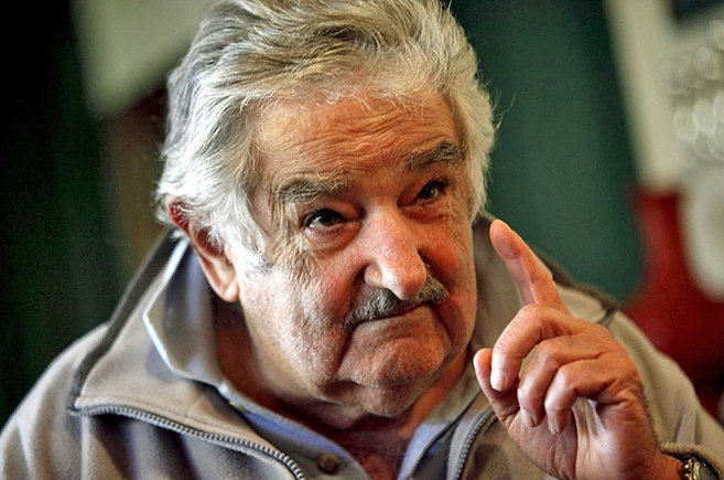 El presidente uruguayo, José Mujica, en su residencia de Montevideo...