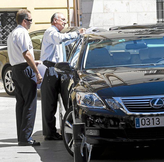Rafael Aznar, presidente de la Autoridad Portuaria de Valencia, en una...