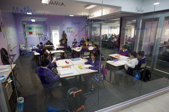 Aulas del Colegio San Roque de Valencia.