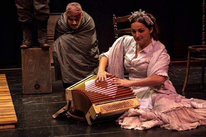 Un momento de la nueva versión de la obra de García Lorca. <a...